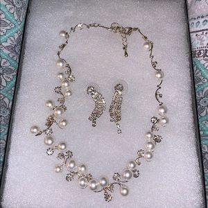 Jewelry - Necklace and earrings.
